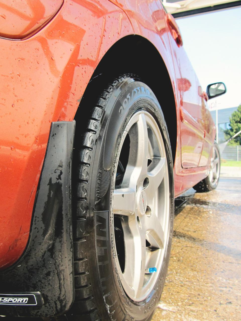 Oshawa Tire Storage
